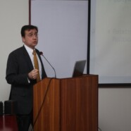 FJS holds talk by Dr Moeed Pirzada