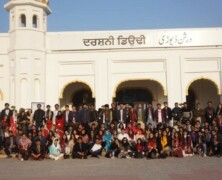 FES takes Trip to Kartarpur in Freshmen Week
