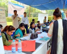 Student Activities Office holds Societies Fair 2015